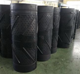 Дробемётная лента : Длина 3400 мм Ширина 1000 мм Толщина 20 мм Диаметр отверстия 13 мм