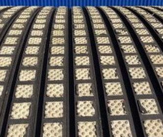 Футеровочная резина TRS CERALAG с керамическими вставками 15*385*10000 мм, Ромб 25 мм × 25 мм, Твердость: по Шору 60±5
