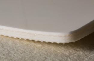 Трёхслойная транспортерная лента из пищевого ПВХ с гладкой глянцевой поверхностью, с жесткими кордами толщиной 3.9 мм,Рабочая температура °С -10/+80