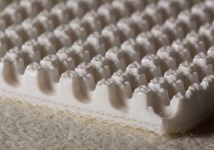 Двухслойная лента из пищевого ПВХ с пупырчатой поверхностью