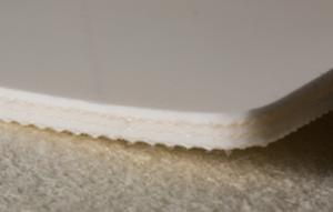 Трёхслойная лента из пищевого ПВХ устойчивая к маслам толщиной 4.6 мм
