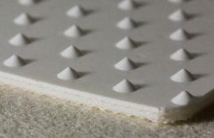 Двухслойная лента из пищевого ПВХ с выступами, S - 2.7 мм .Рабочая t °С -10/+80, Ду вала обратн 60 мм
