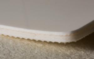 Трёхслойная лента из пищевого ПВХ устойчивая к маслам толщиной 4.6 мм, Ду вала 100 мм